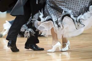 Carousel_image_e4792f8b54d76ec27bf3_ballroom_dance