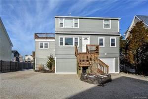 $499,900 256 Morris Boulevard Manahawkin, NJ 08050