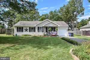 $244,900 216 Salty Avenue Manahawkin, NJ 08050