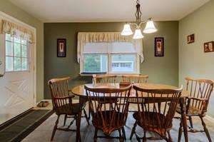 5 Schmidt Ln Clark NJ 07066-large-014-009-Dining Room-1500x997-72dpi - Copy.jpg