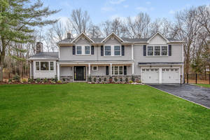 6 Winston Drive, Livingston, NJ: $1,198,000