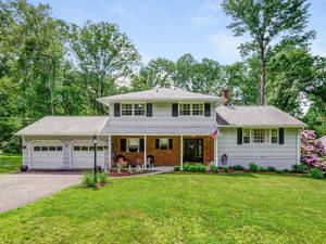 Completely Remodeled Home with a Beautiful Backyard
