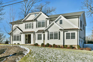 24 Brantwood Drive, Summit, NJ: $2,480,000