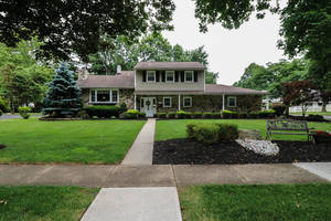 JUST LISTED! BEAUTIFUL CLARK HOME!