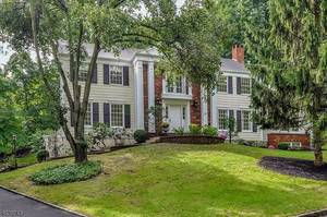 39 Glendale Rd, Summit NJ: $1,695,000