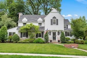 9 Plymouth Road, Summit, NJ:$1,249,000
