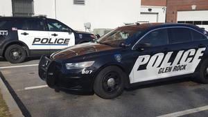 Carousel_image_f79ecc1b236a6be95d15_gr_2_police_cars
