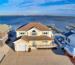$899,900 1282 Jennifer Lane Manahawkin, NJ 08050