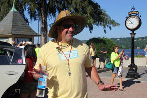 Carousel image fb38029e12acd2ce9a30 pass it along triathlon  1