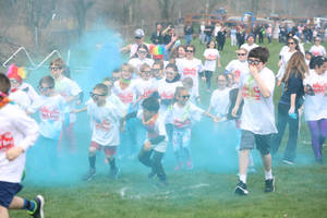 Carousel image fc2f147fc9be4c5a11d7 mncolorrun 180428 002