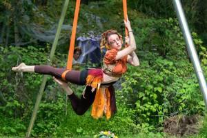 Carousel_image_fcd283dfd1473c8b3b23_fairy_acrobats3
