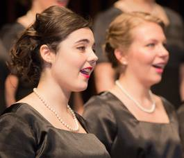 Carousel_image_fd1f173cae65fdc397fe_montclair_state_university_singers_closeup