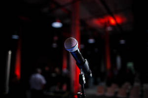 Carousel_image_fdcda77db65ff69a3ea2_canva_-_microphone_on_stand