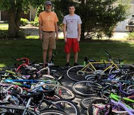 Carousel image fe3105b09308746ec631 alex iervolino with the volunteer from pedals for progress who picked up the 43 bikes he collected courtesy of mary iervolino    2.   crop