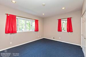 15_19HunterdonBlvd_161_4thBedroom_HiRes.jpg