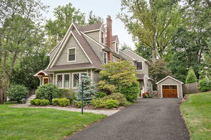 93 Beekman Rd, Summit NJ: $1,399,000
