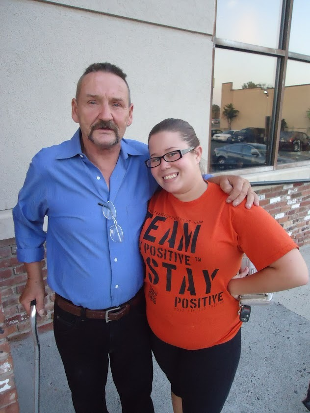 806dabbd00e746d162a7_98ecb9552bbb8a50caf4_Clinton_Kelley_Rescue_story_Kelley_with_volunteer_Kristina_Martinez__right_.JPG