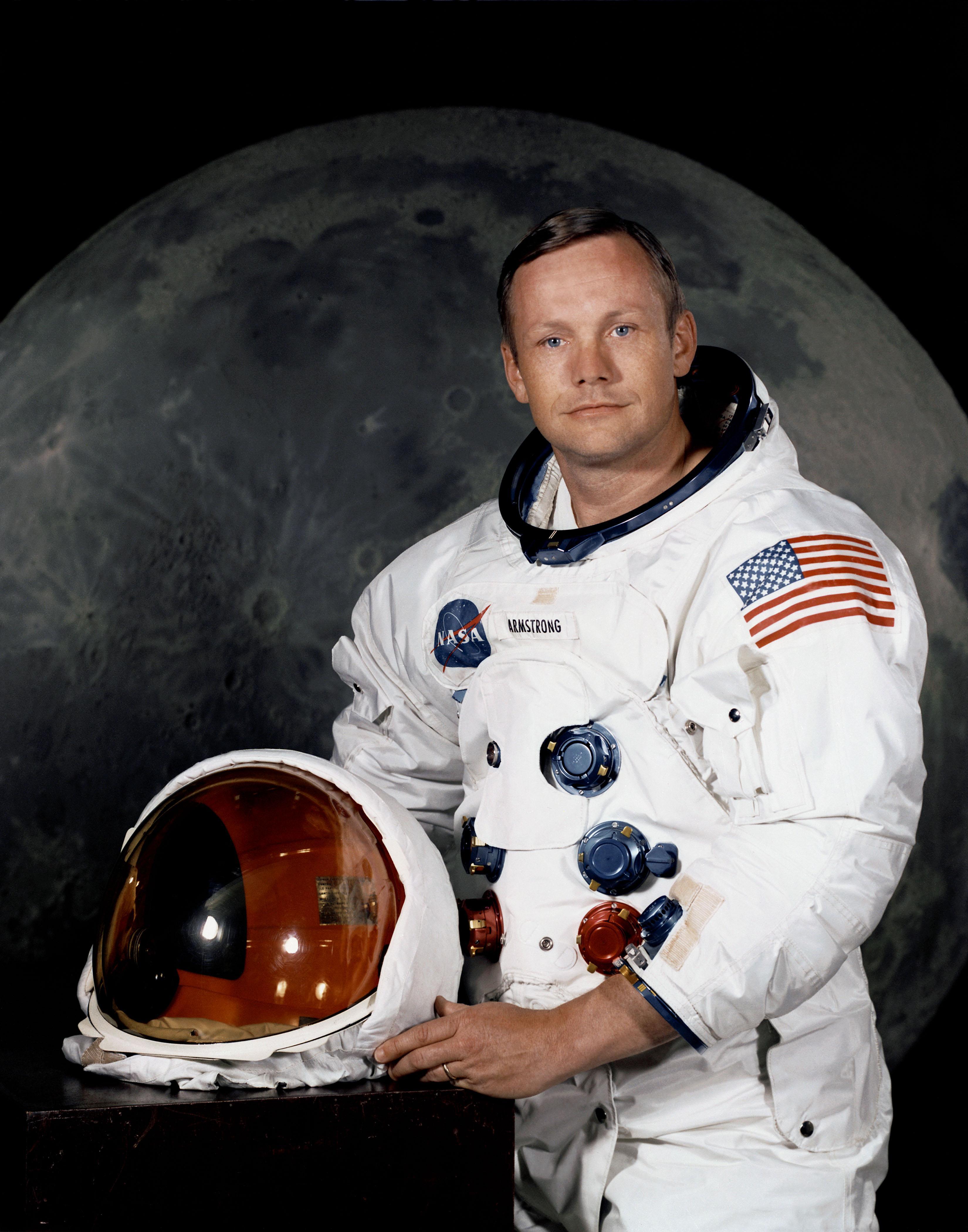 bb05fbd359c30afa0f53_Neil_Armstrong.jpg