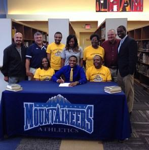 Jahir Blanton Signing