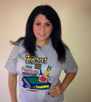 Lisa Marx Models Her New Shirt From Fortissimo Restaurant