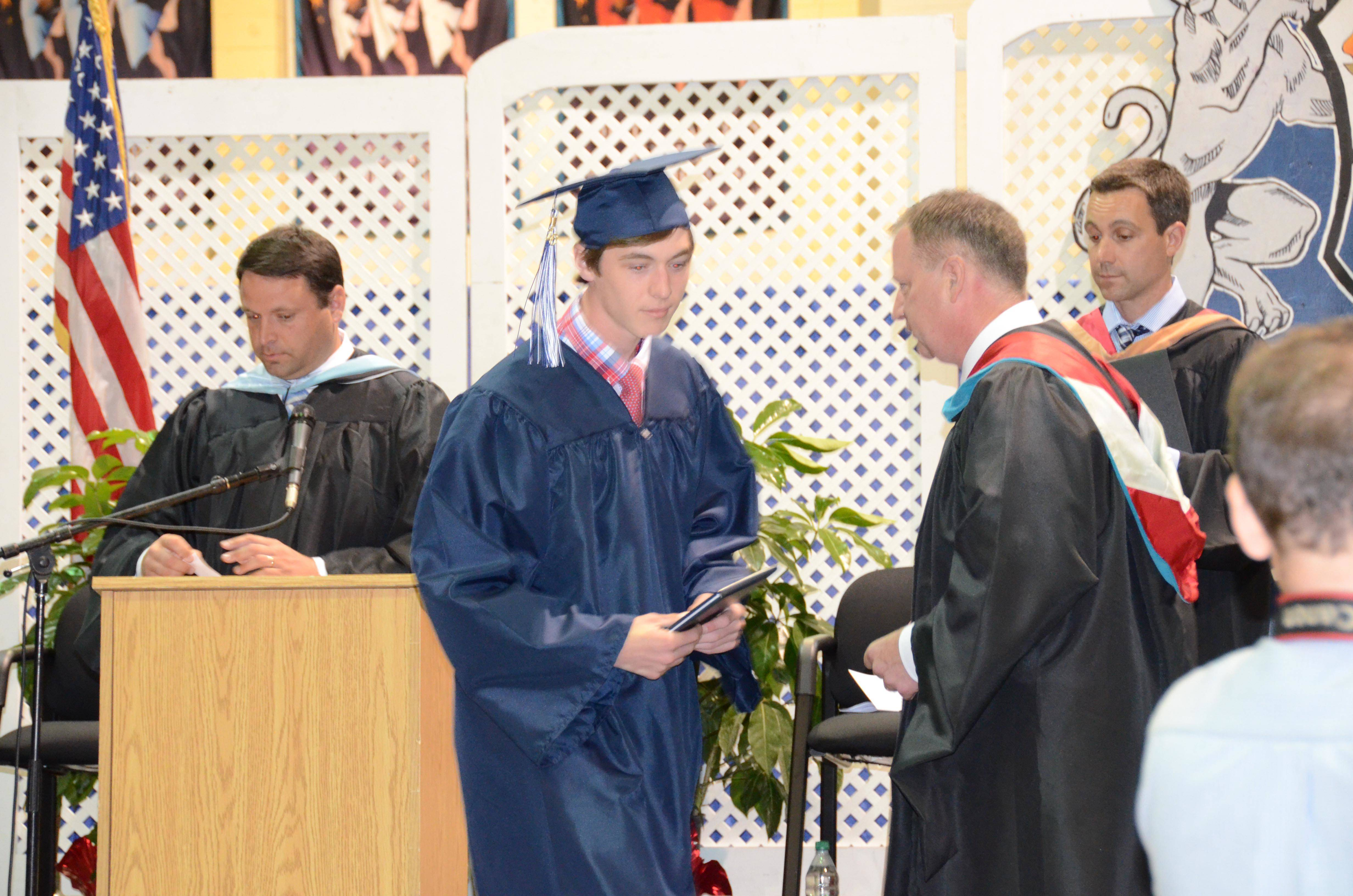 e038155f522e931c4299_CHS_Graduation_2016_ACZ_DSC_2198.jpg