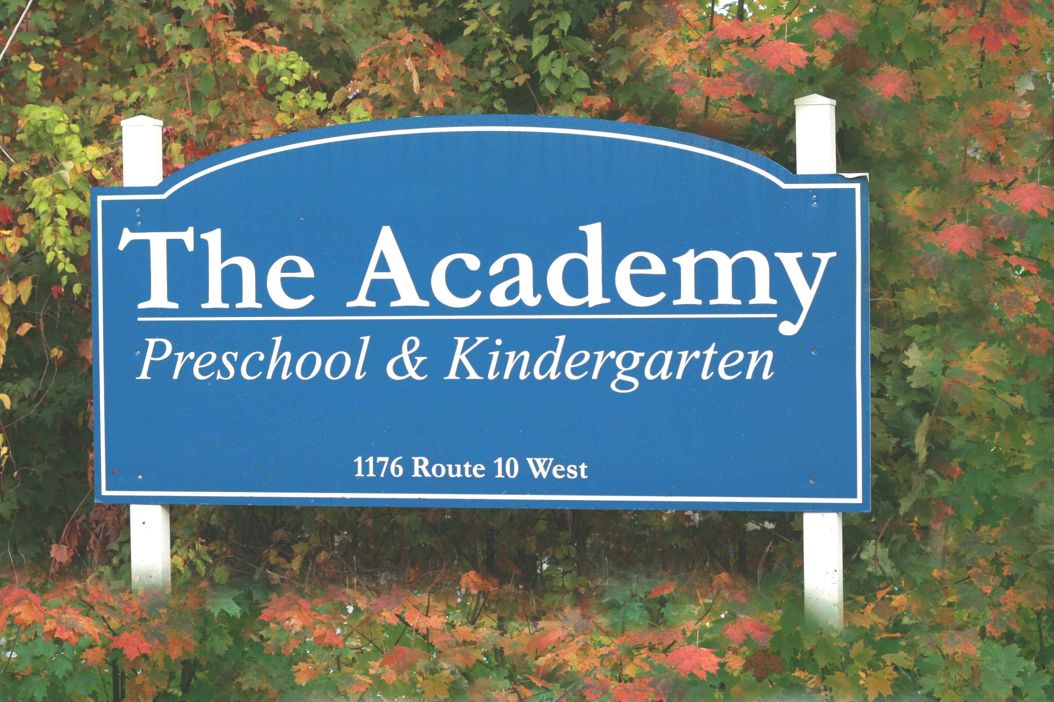 070064465271f2c7e180_The_Academy_Sign.JPG
