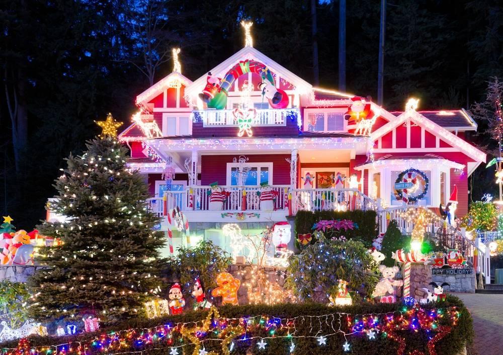 55f68a3d7f71a221d958_9ffd17cbaf6558b22c01_Christmas_Lights_2.jpg