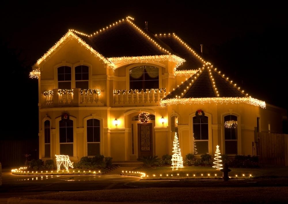 dd94b19cf515b086db64_81b08e3360719d73dad5_Christmas_Lights_1.jpg