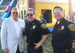 Councilman Bo Vastine and members of Scotch Plains Police Department at National Night Out