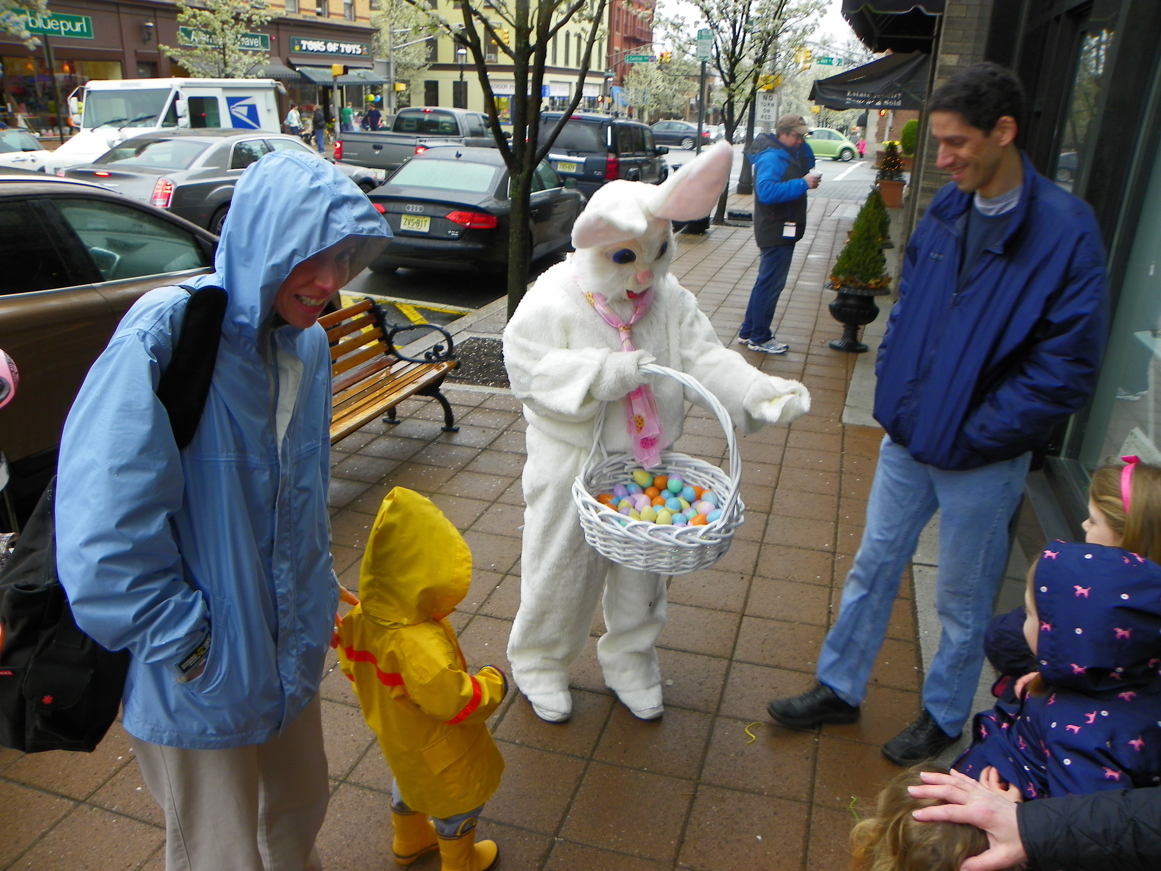f901f5b6cf598b692f7b_Easter_Fun_Fest_2012_photo_Bunny.jpg