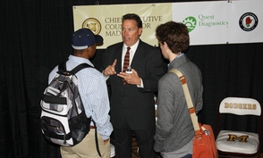 Carousel_image_fafc2fa8b9ca003c9502_oct_21_2014_emerging_leaders_yeager_with_students