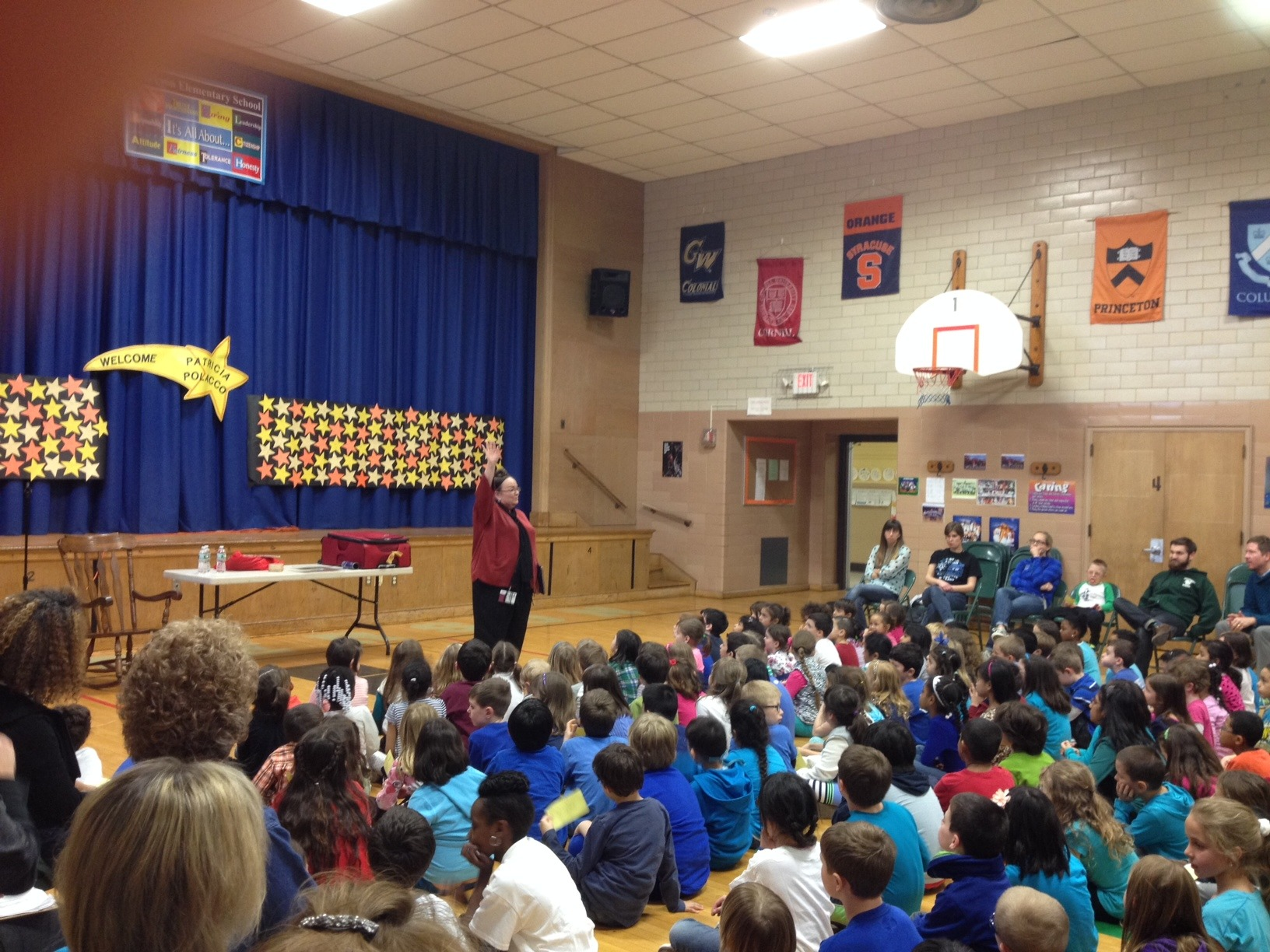 Polacco Brings Uplifting Message to Summit Elementary Schools