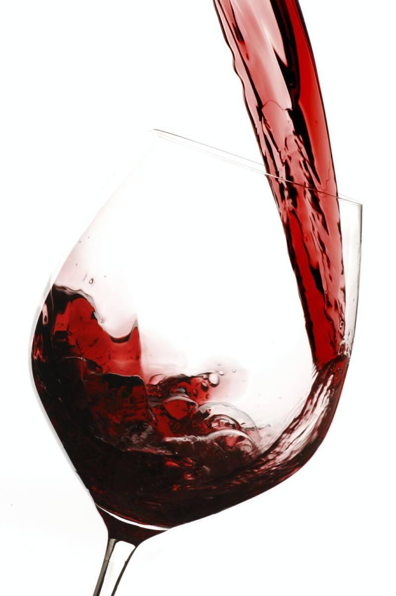 61e56d93a6fd4dd601d6_red-wine-glass.jpg
