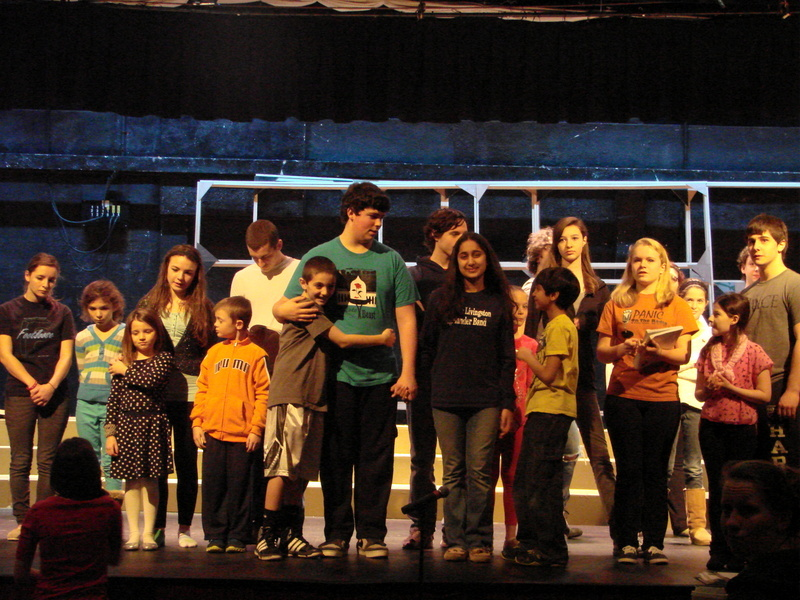 c3d90af2e331d8df4121_Adam_and_Eve_with_family_and_storytellers__finale.JPG