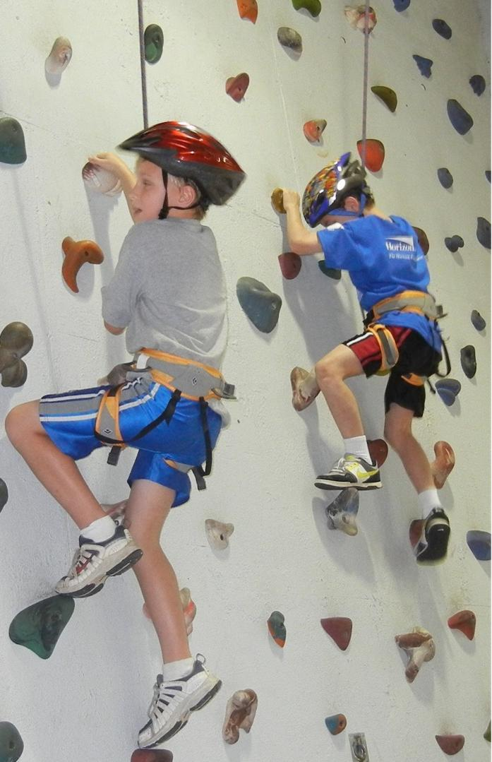 997894b48cfc7527e55b_WAY_Rock_climbing_wall2_2013.jpg