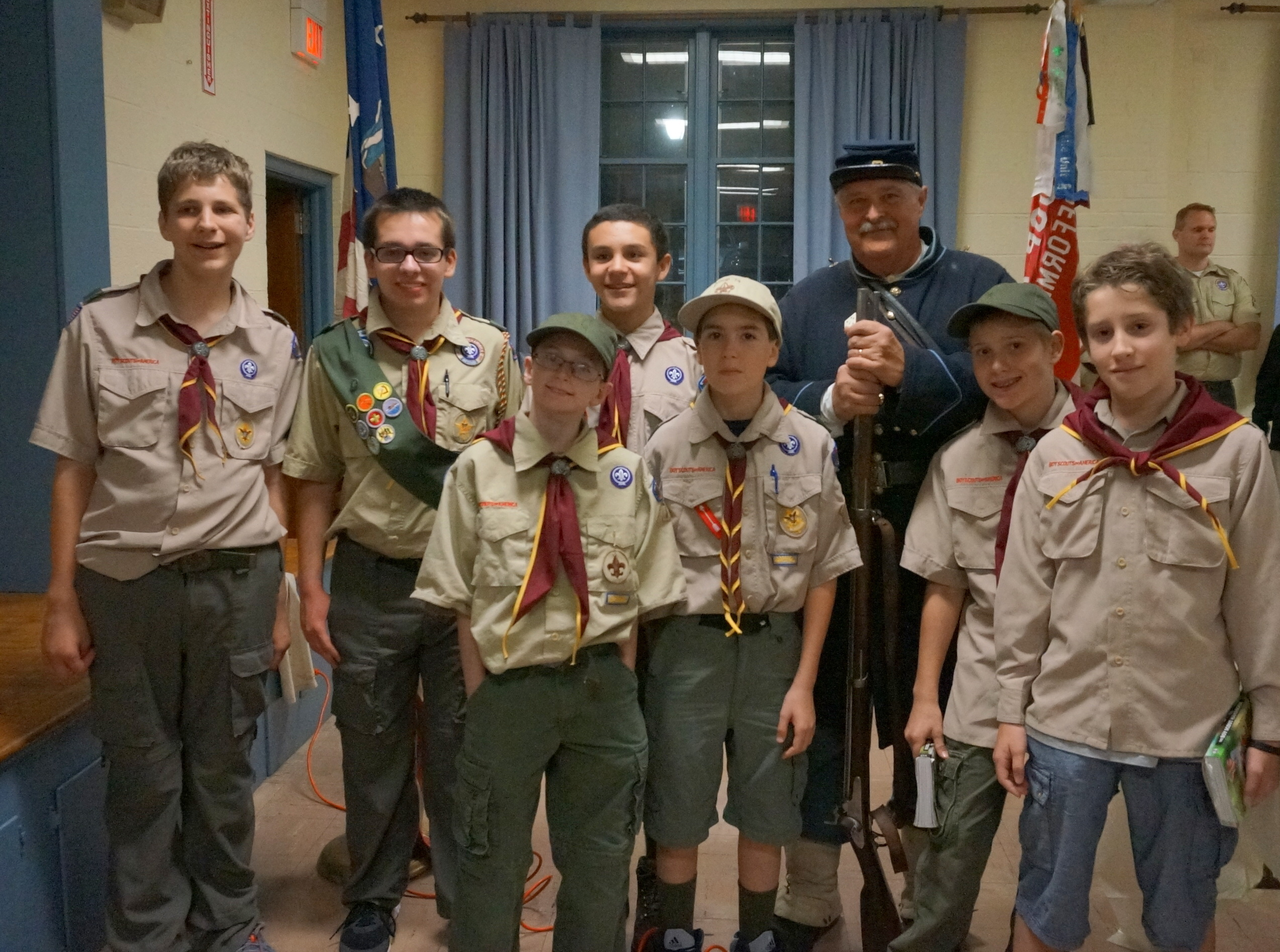 d1bb5ed6428ca9659572_best_Boy_Scout_Troop_meeting_re-enactor_077.JPG
