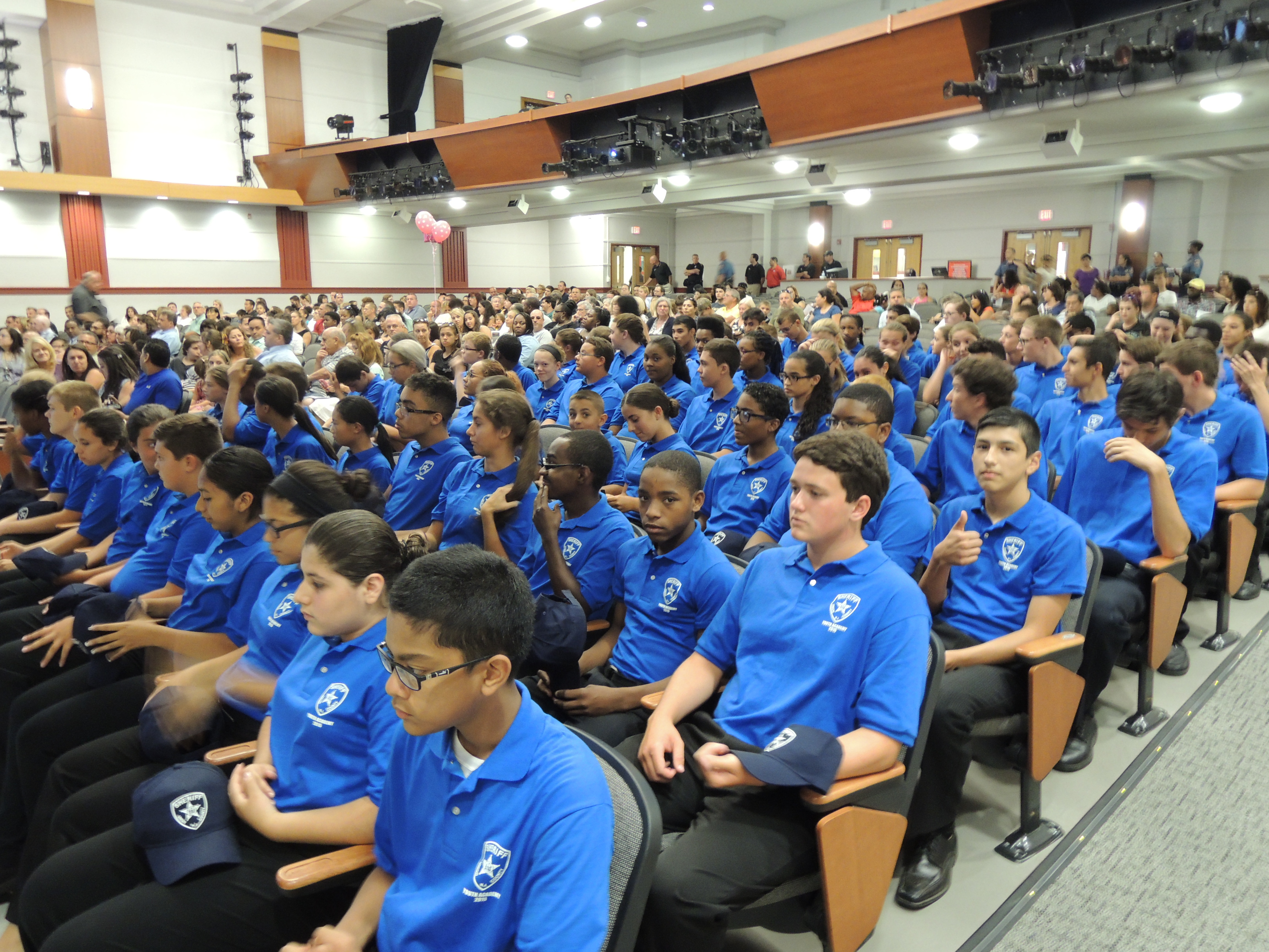 32386698effb1268f1cf_youth_academy_graduation_009.JPG