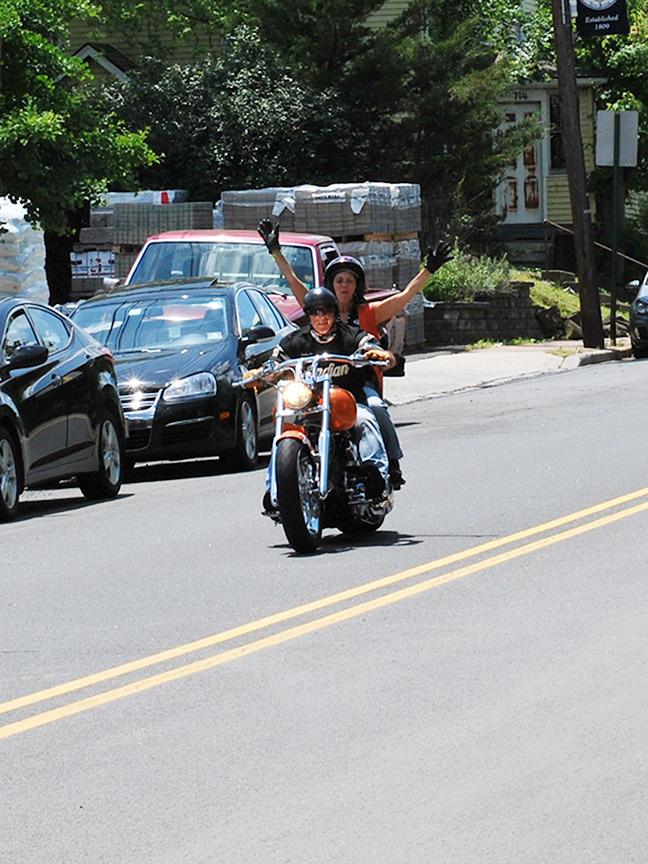 d5b32437bbfd8e938eb3_bikerhandless.jpg