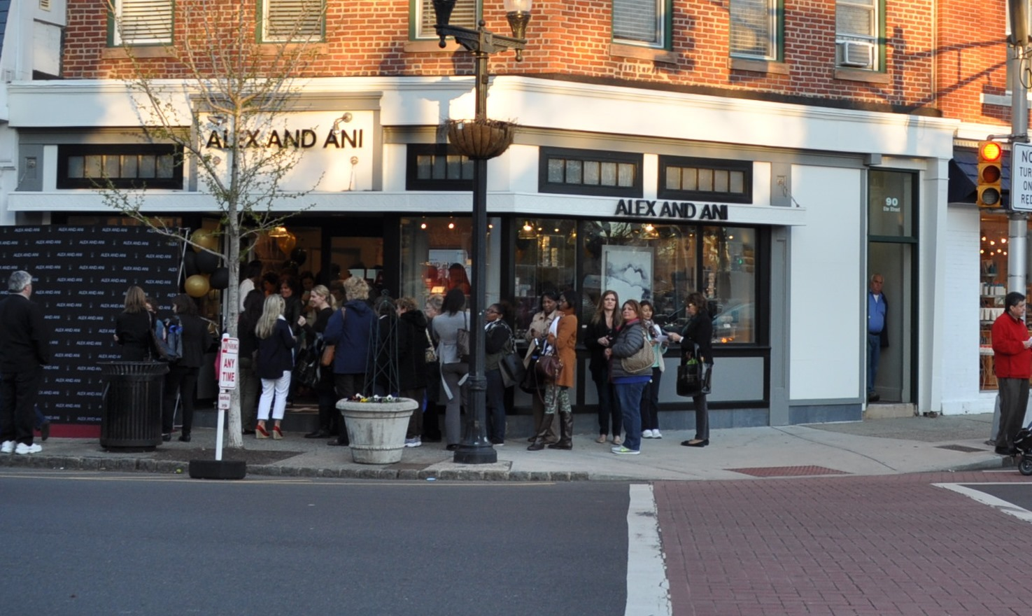 Westfield's Alex and Ani Jewelry Shop Celebrates Grand Opening During Girls' Night Out
