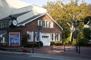 Paper Mill Playhouse to Host Annual Wine-Tasting Benefit on Nov. 2, photo 1
