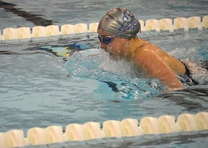 Carousel_image_648ee763957515d2c35a_spfhs_wins_100_breast_mid-race__1-19-16