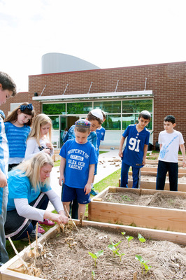 Golda Och Academy Outdoor Science Classroom and Garden