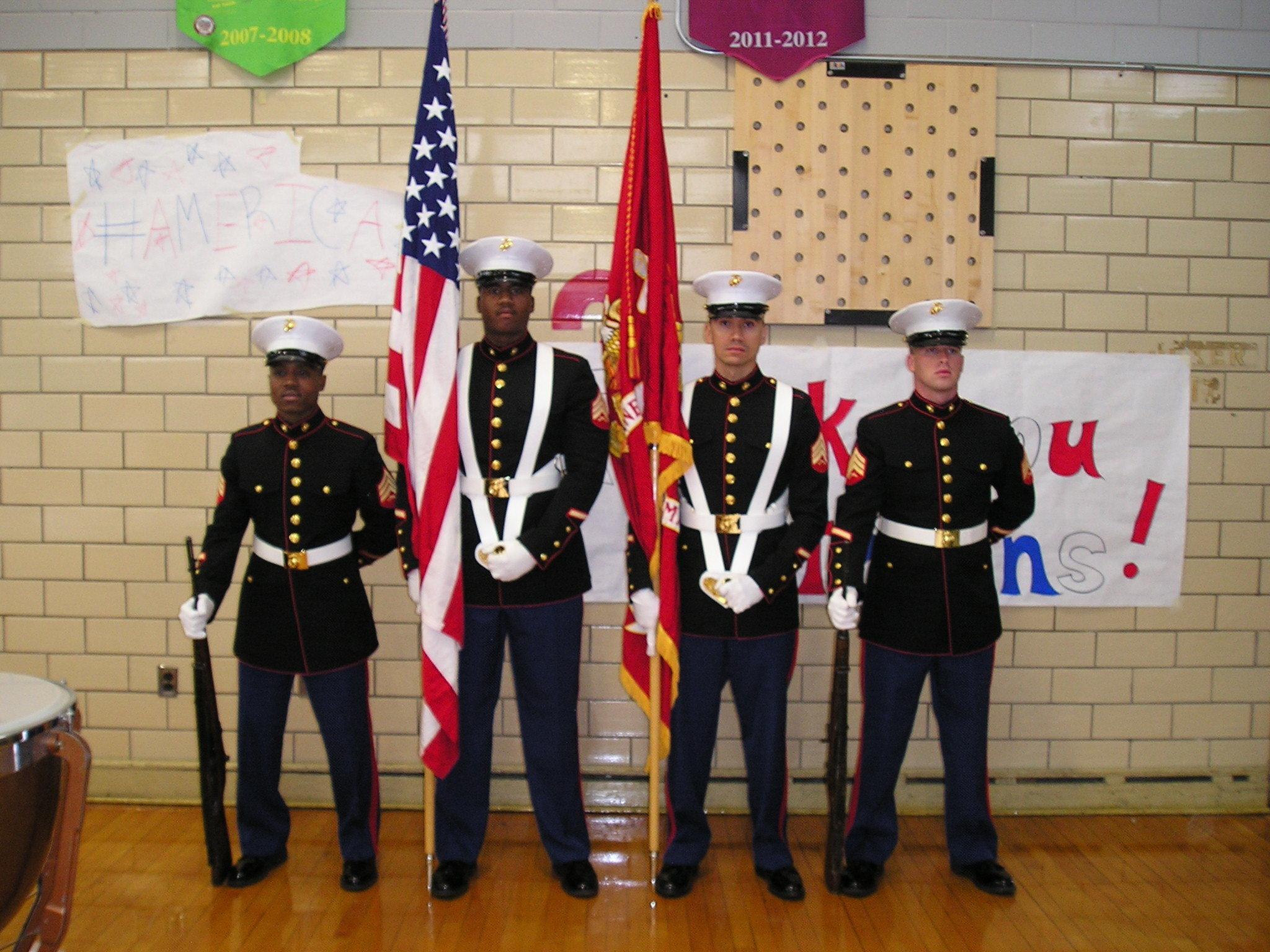 b7d0eec4aa5224d74f99_Marine_Color_Guard.JPG