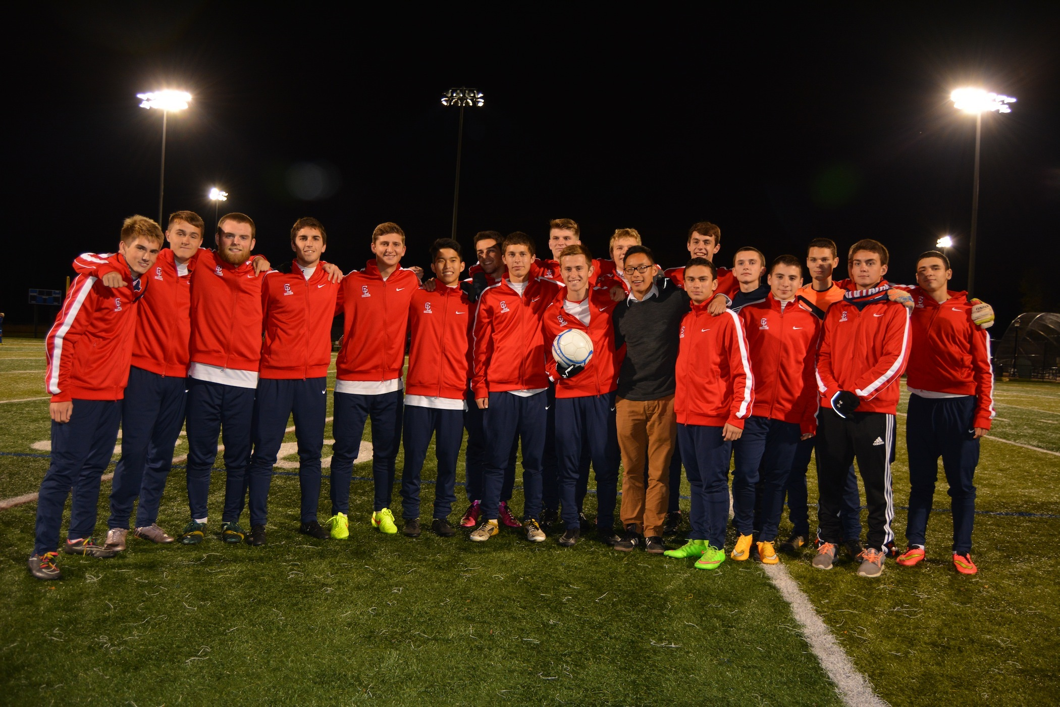 d6d2ebd0ba88c514dc32_2014_boys_varsity_senior_night_team_entire.jpg