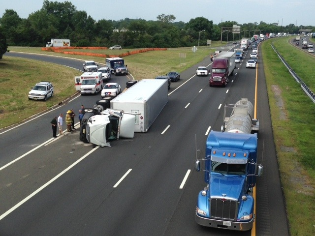 dd9eadd079b3c4328800_Truck_accident_2.jpeg