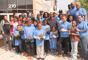 Roselle Comes Together for Community Clean Up Day, photo 22