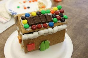 Essex County Environmental Center Invites the Public to Enter Annual Gingerbread House Contest, photo 1