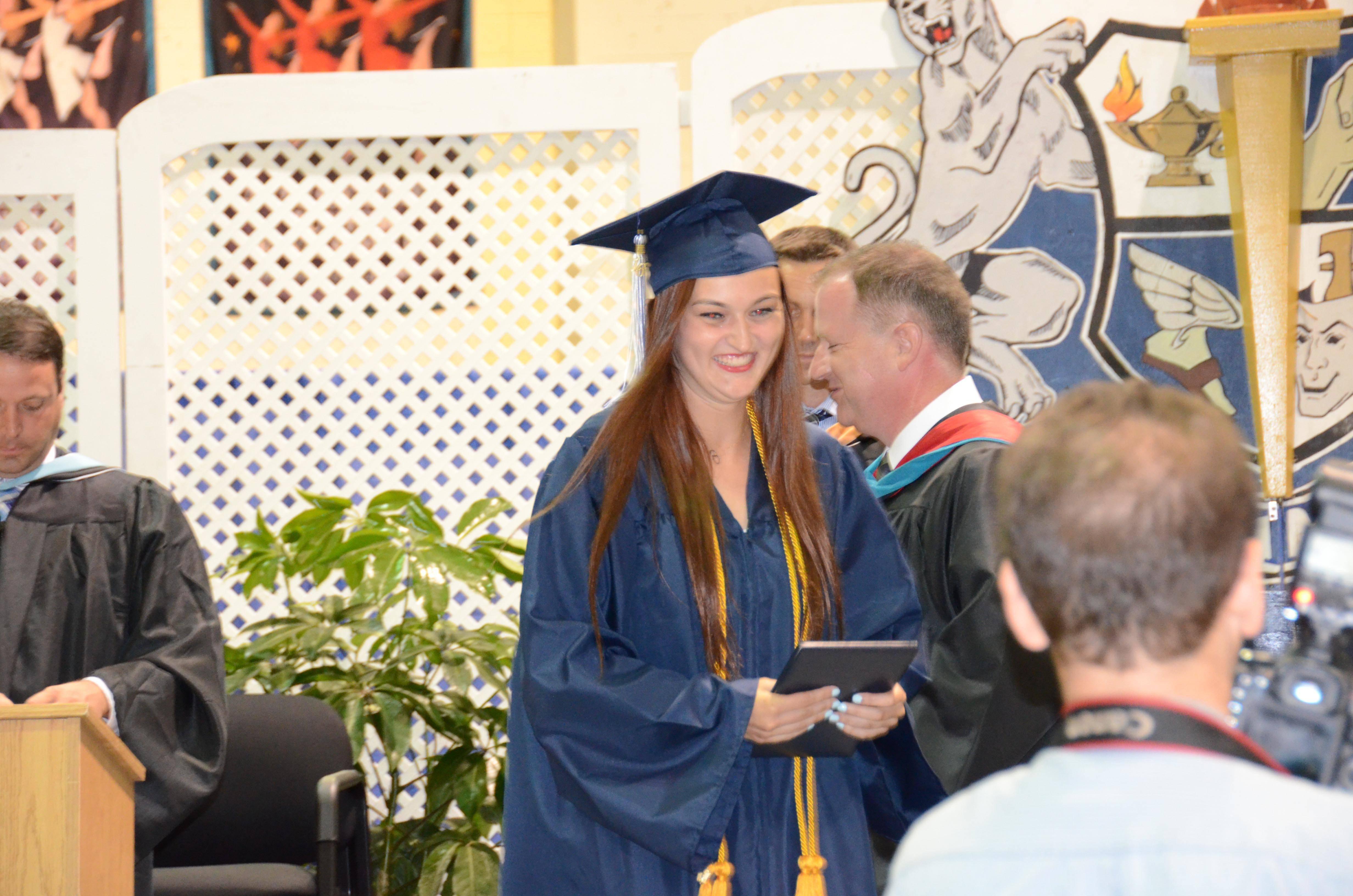 379e025c733be370afd9_CHS_Graduation_2016_ACZ_DSC_2191.jpg