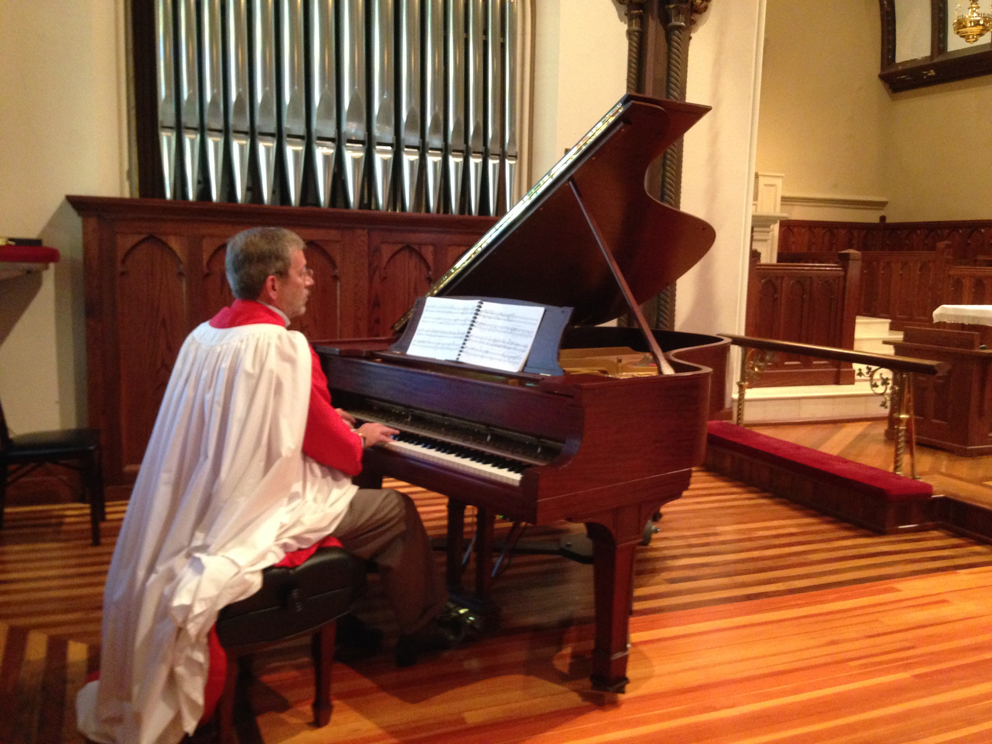 bcedbf41cda5f9d9d9b4_Greg_Piano_1.JPG