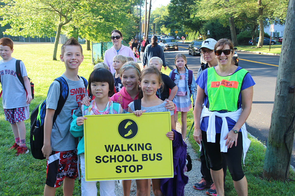 d7339e2252991596b714_Salt_Brook_Walk_to_School_Day_2015.jpg